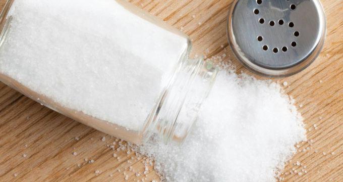 le-sel-poudre-magique-dans-la-maison